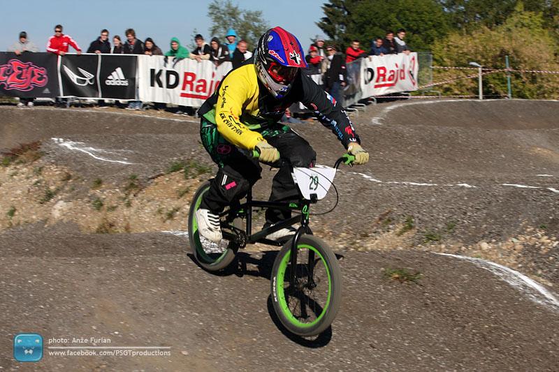 Dirka z BMX kolesi